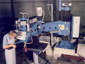 Profile milling machines